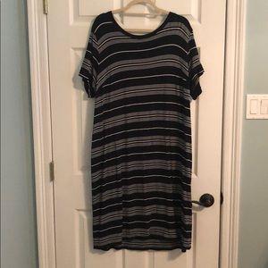 Ava and Viv T-shirt Dress